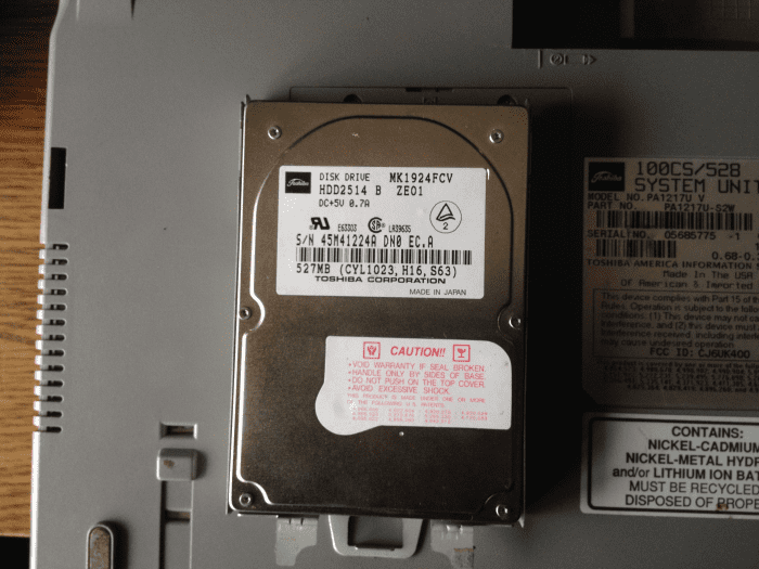 Ноутбук Toshiba Satellit 100CS Тошиба Сателит HDD Жесткий диск Toshiba MK1924FCV HDD2514