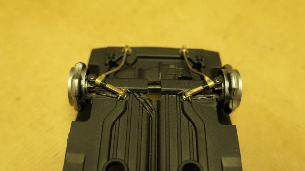 крепление растяжки к рычагу ВАЗ-2108 передняя подвеска для модели ВАЗ 1:24 на радиоуправлении