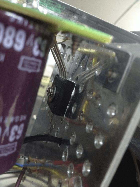 Крепление диодного моста к радиатору PS-305D блок питания
