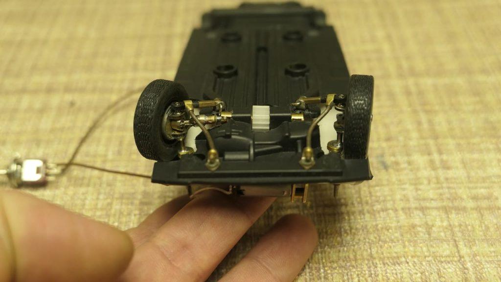 рабочий привод передних колес ВАЗ 2108 в масштабе 1:24 модель на радиоуправлении