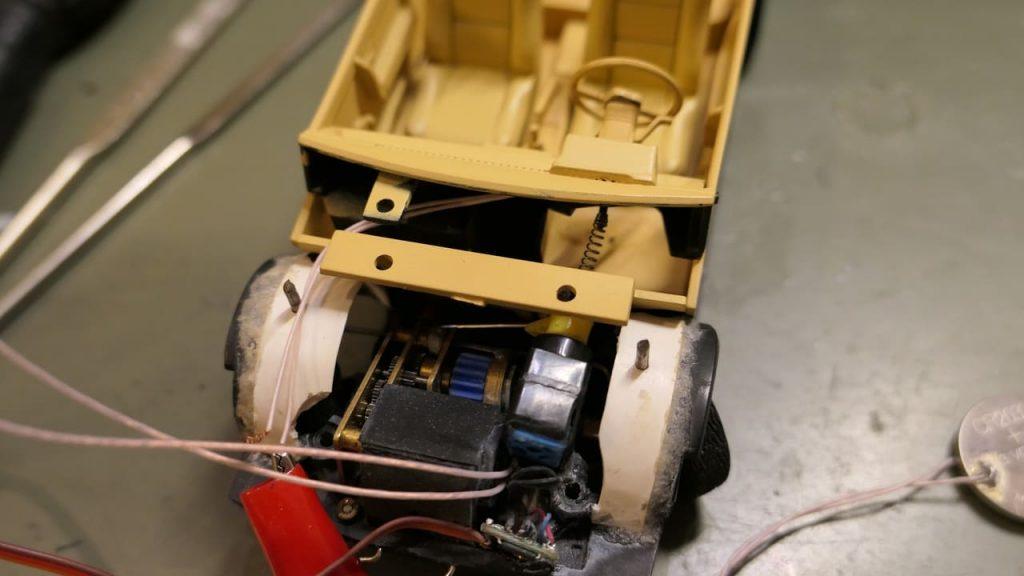 поворот руля вместе с колесами на модели ваз 2108 Hachette model stearing