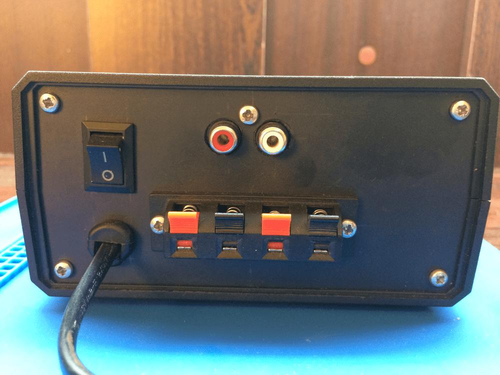 Задняя панель усилителя на ТДА2030 из колонок Sven tda2030 amplifier