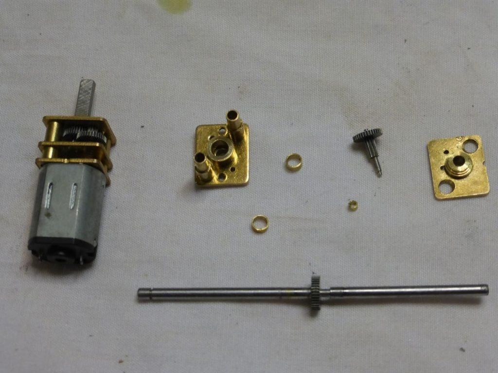 изготовление редуктора для радиоуправляемой модели запорожца заз 965 горбатый запорожец 1:24 редуктор заднего моста