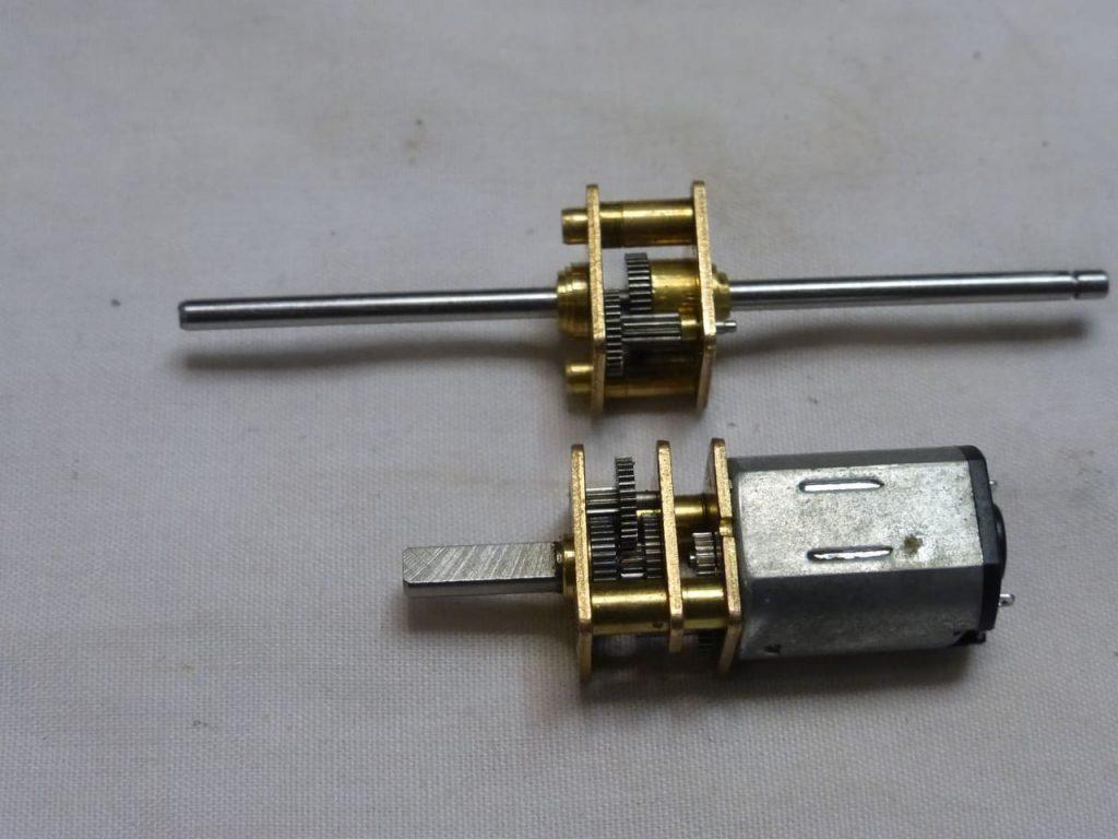 редуктор для модели заз 965 Запорожец на радиоуправлении rc-model hachette