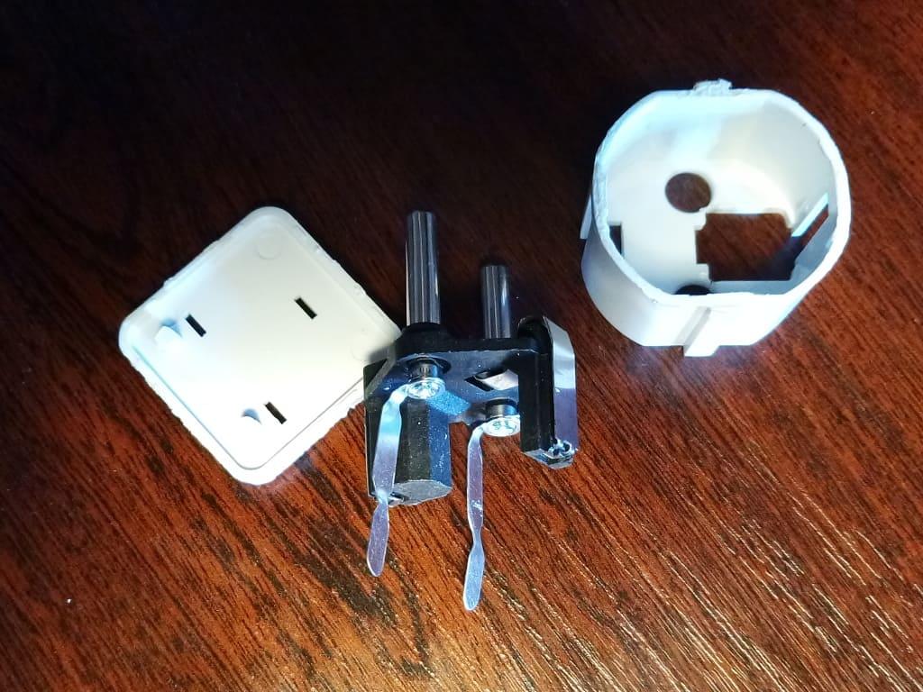 разборка переходника для розетки ремонт адаптера для вилки