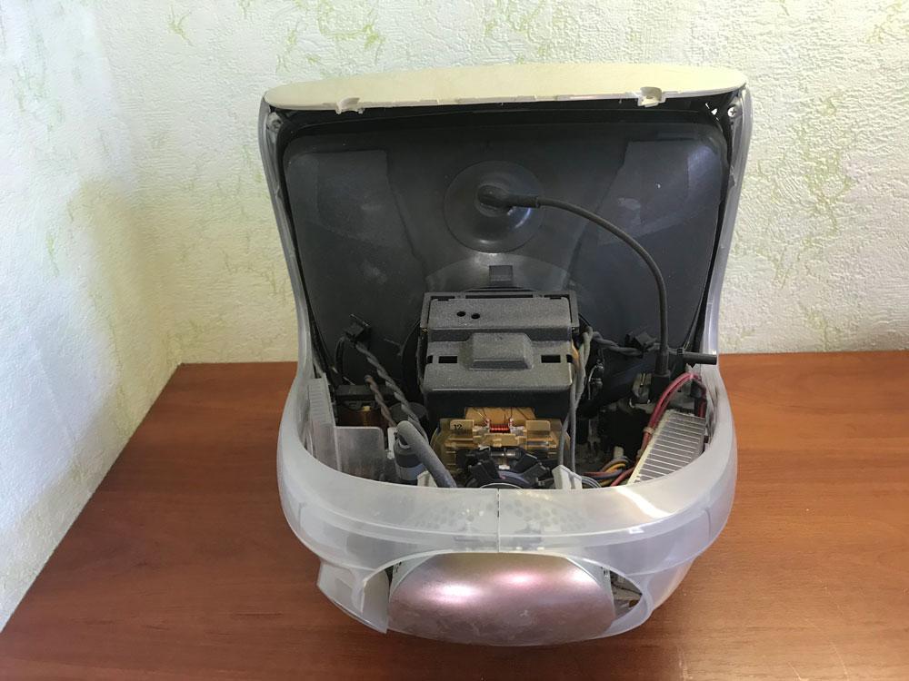 Лучевой монитор в разборе IMac G3