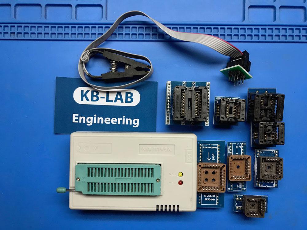 Программатор Xgecu PRO или TL866II Plus с насадками