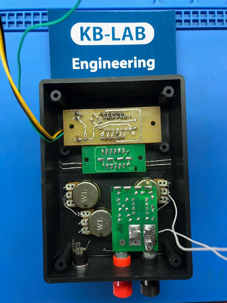 Установка платы измерения тока в зарядном устройстве